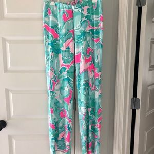 NWOT Lilly Pulitzer stretch pants